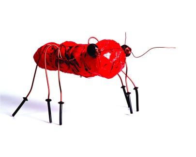 2.Formigas Mutantes - 2003 - Reutilização de plásticos pós-c