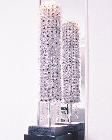 Estrela (2006) - Pet e Alumínio pós-consumo e vidro resinado | Ddaniela Aguilar