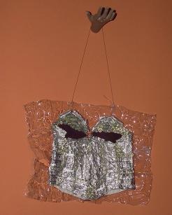 Da série CARDÁPIO (1997) - plásticos e alumínio pós-consumo | Ddaniela Aguilar