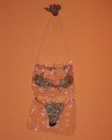 Da série CARDÁPIO (1997) - plásticos pós-consumo | Ddaniela Aguilar