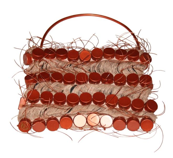 Da série PORCO-ESPINHO -tecido, cobre,fios, plástico pós-consumo ( 2001) | Ddaniela Aguilar