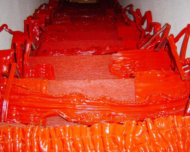 Série Colmeia 4 instalação (2007) - PVC pós-consumo | Ddaniela Aguilar | Foto Reinaldo Gama