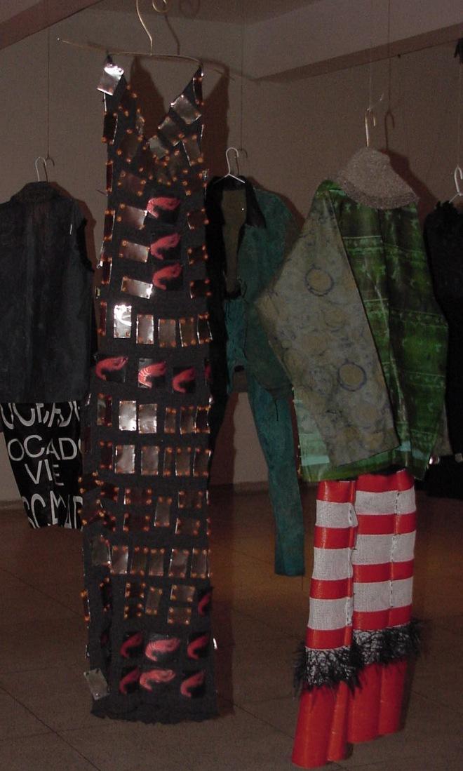 Art wear - Exposição O Universo de 3 mulheres | Ddaniela Aguilar