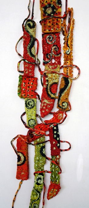 Série COLMEIA VI (2006 ) - PVC pós-consumo | Ddaniela Aguilar