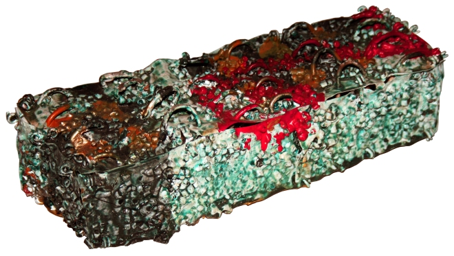 Série COLMEIA VI (2006 – PET) - Plástico pós-consumo e resinas | Ddaniela Aguilar |Foto Manoel Leite