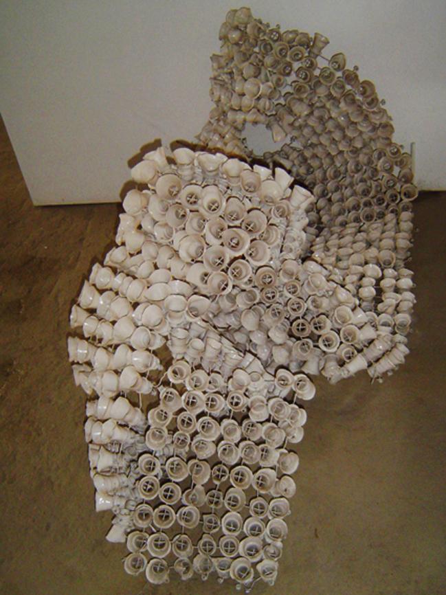Estrela (2001) - Pet e Alumínio pós-consumo e vidro resinado | Ddaniela Aguilar